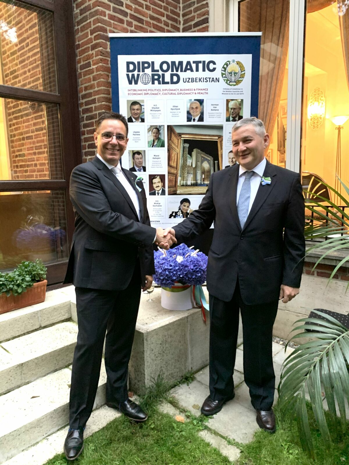 Marc Schmitz, president of the UIHJ and H.E. Dilyor Khakimov, Ambassador of the Republic of Uzbekistan to the Benelux countries
